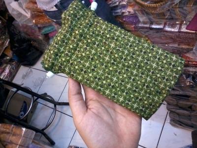 Wadah HP Batik